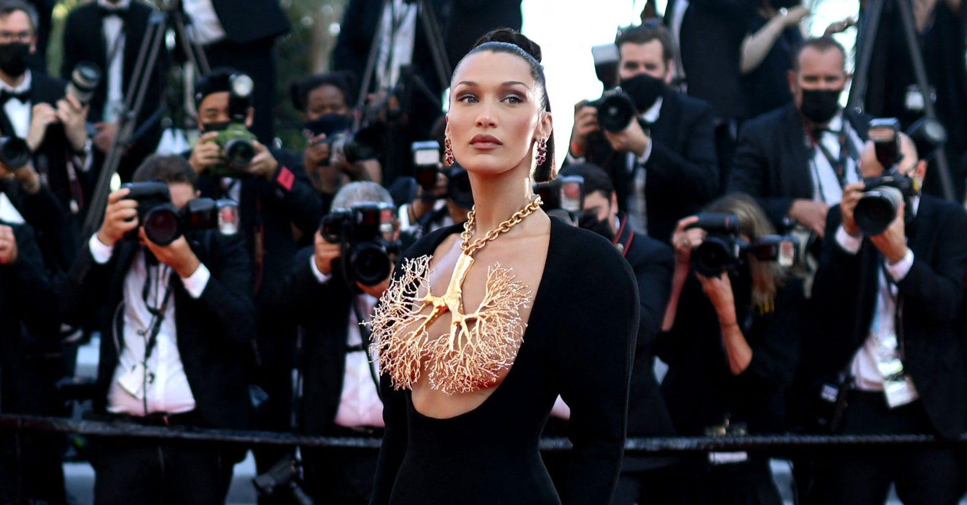 Jo të gjithëve do t'ju pëlqejë trendi i bukurisë që riktheu Bella Hadid