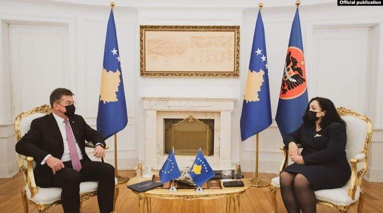 Osmani: Dialogu me Serbinë nuk duhet të prekë territorin e Kosovës