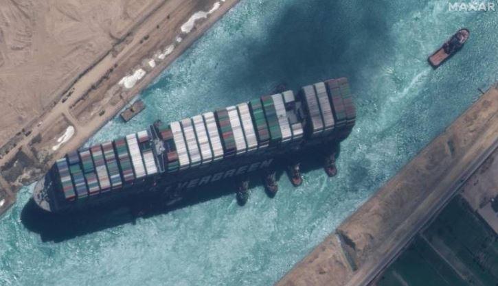 Bllokohet sërish kanali i Suezit
