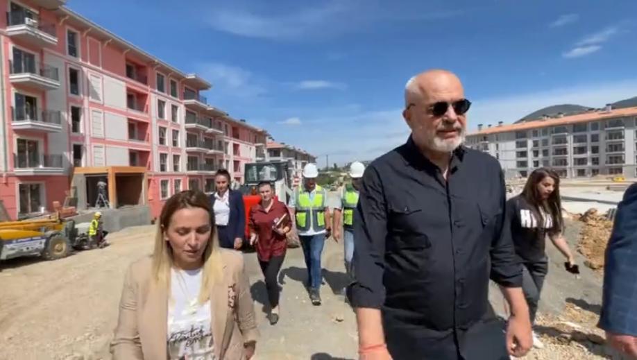 Rama inspekton rindërtimin në Laç: Investim modern