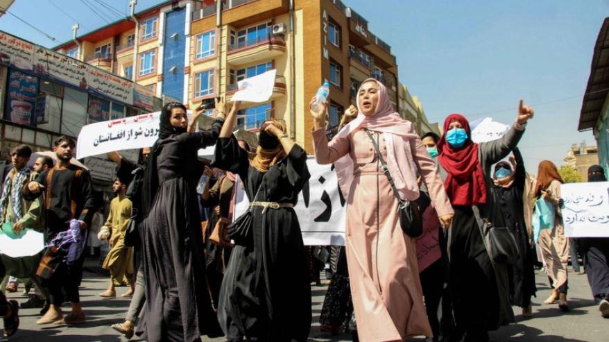 Talebanët do të ndalojnë sportin e grave: I panevojshëm dhe i papërshtatshëm