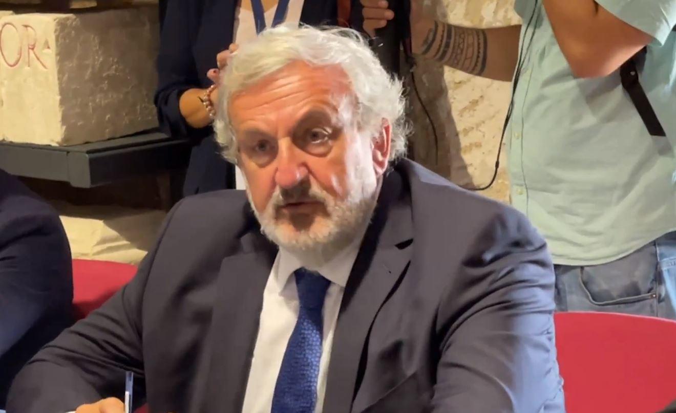 Presidenti i Rajonit të Puglia-s: Edi Rama, një nga liderët më të rëndësishëm të Europës