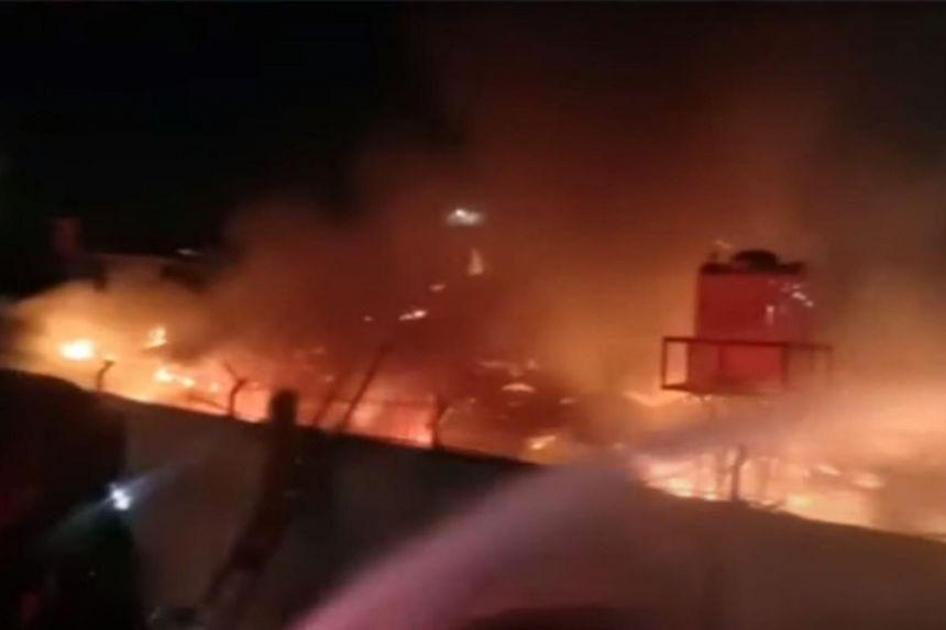 Zjarr në një burg të Indonezisë, të paktën 40 viktima e dhjetëra të lënduar
