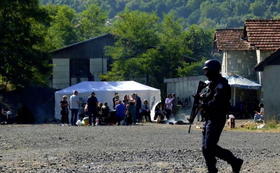 SHBA-ja dhe BE-ja kërkojnë uljen e tensioneve në veri