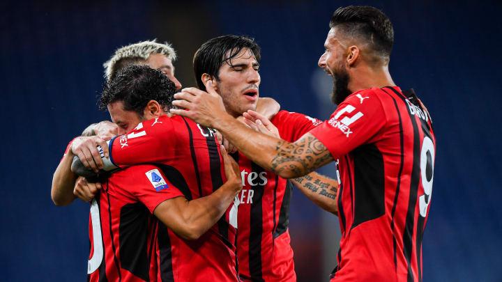 Lajme të mira për Milanin, Pioli rikuperon dy titullarë për ndeshjen ndaj Lazios