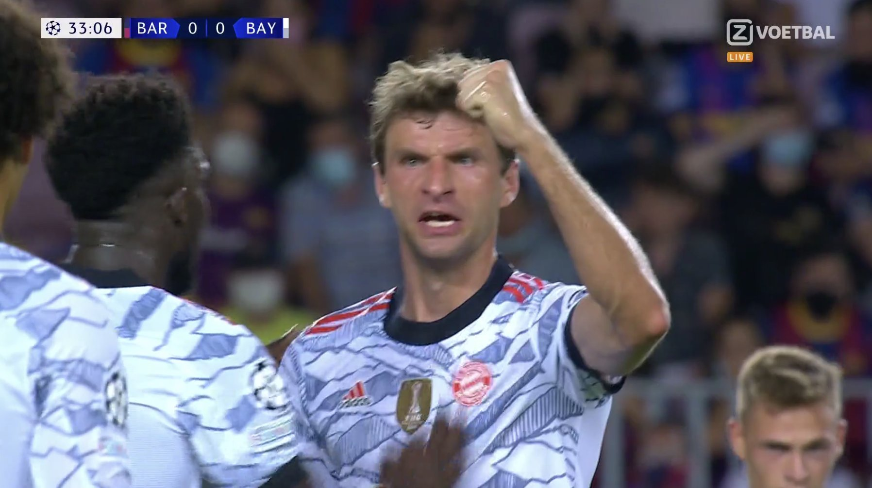 """VIDEO/ """"Raketa"""" e Thomas Muller tund rrjetën, Barcelona i dorëzohet shpejt Bayernit"""
