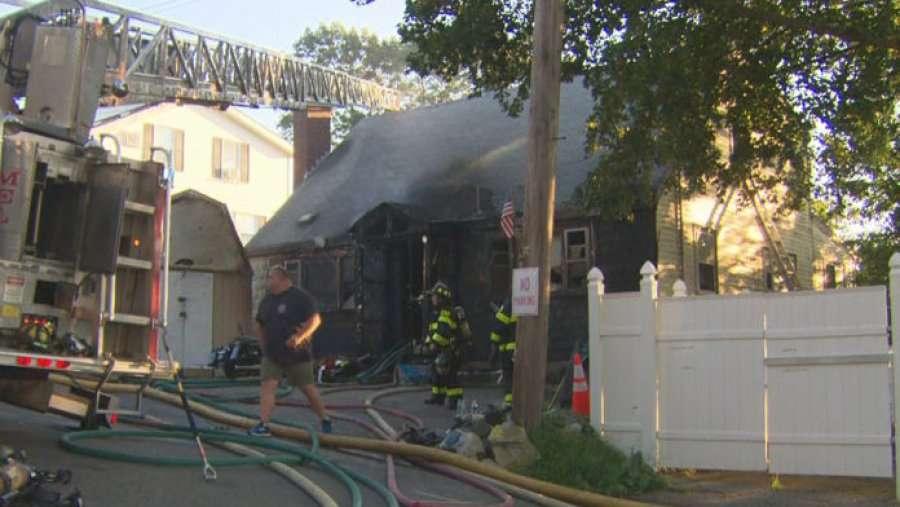 Shtëpia e djegur del në shitje për gati 400,000 dollarë