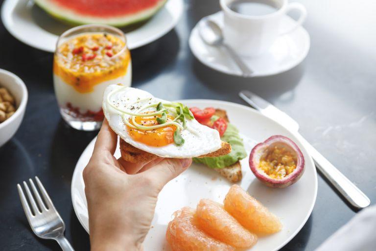 Një arsye kryesore pse duhet të hani vezë në mëngjes