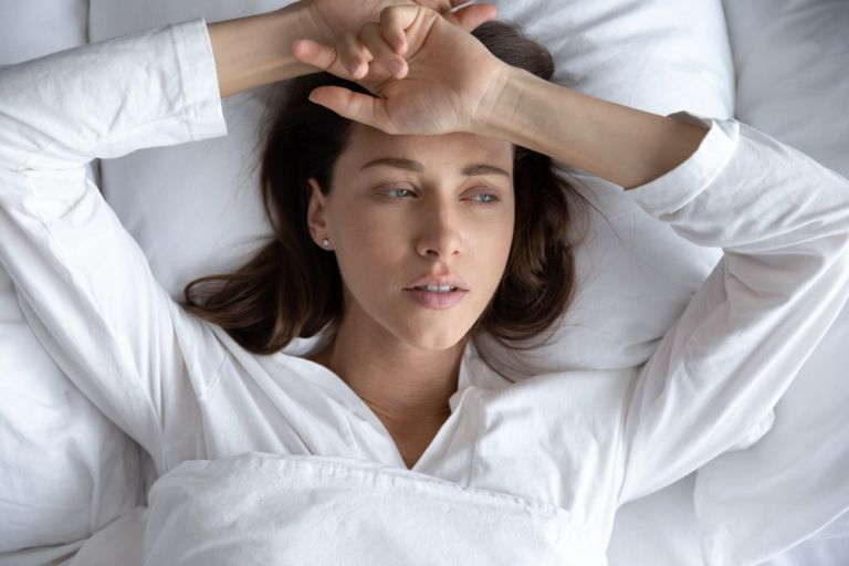 8 shenja që tregojnë se nuk flini aq sa keni nevojë