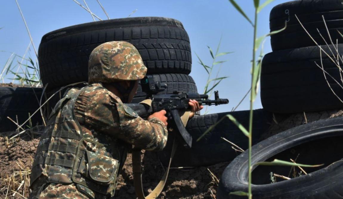"""""""E qëlluan me snajper"""", Armenia akuza Azebajxhanit për vrasjen e një ushtari"""