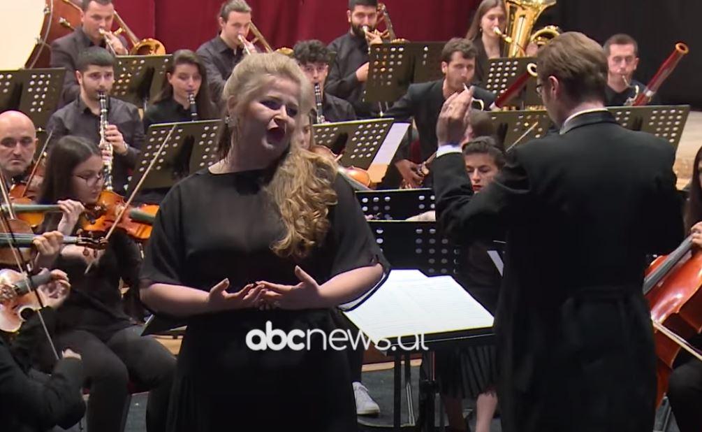 Sopranoja Marigona Qerkezi: Uroj që ndërtimi i operas në Kosovë te bëhet realitet