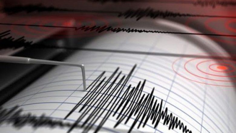 Tre lëkundje tërmetesh të njëpasnjëshme godasin Shqipërinë, ku ishte epiqendra