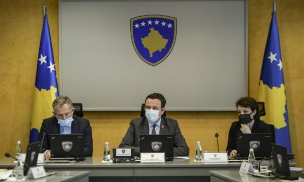 Kurti mbledh ministrat, pritet votimi për masat e reja kundër koronavirusit
