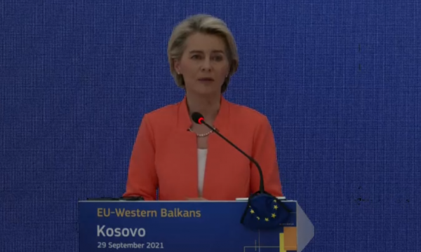 Situata në veri të Kosovës, Ursula von der Leyen: Të vazhdohet me dialogun