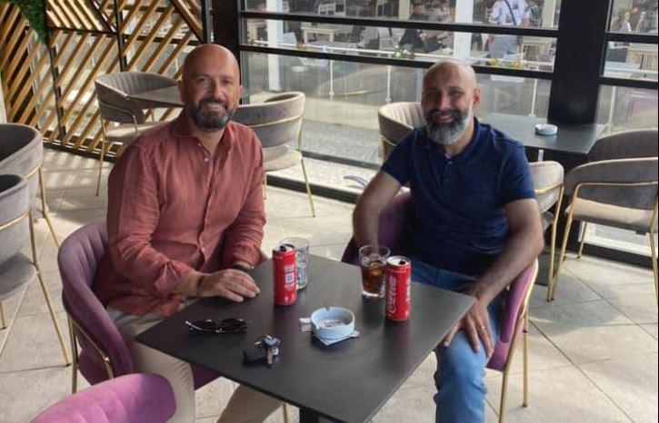 Ish-drejtori i Postës takon në Shëngjin pas 13 vitesh shokun afgan