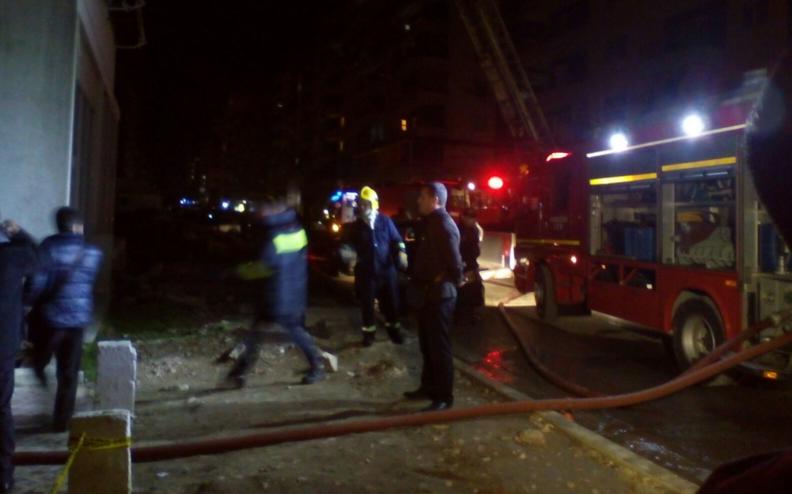 Digjen dy automjete në Selenicë të Vlorës