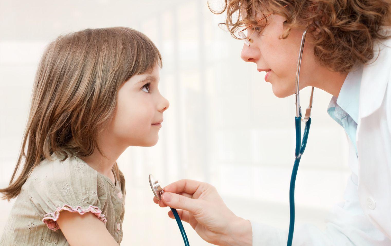 4 raste duhet të telefononi menjëherë një pediatër