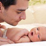 Katër gjëra që një baba nuk duhet t'i thotë një nëne të re