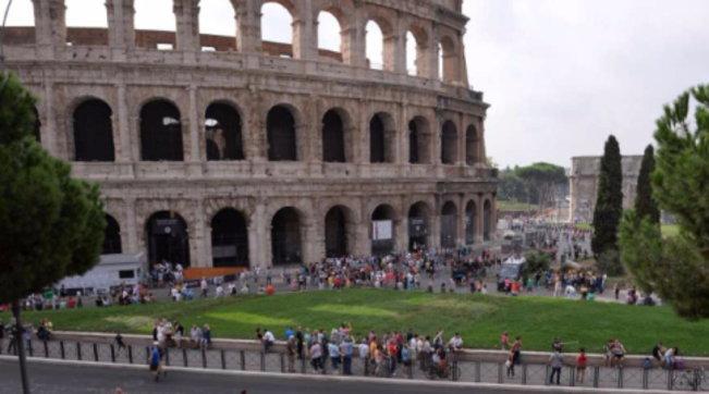 Familja në ankth, 11-vjeçari arratiset me tren nga Pisa në Romë: Doja të shihja Koloseun