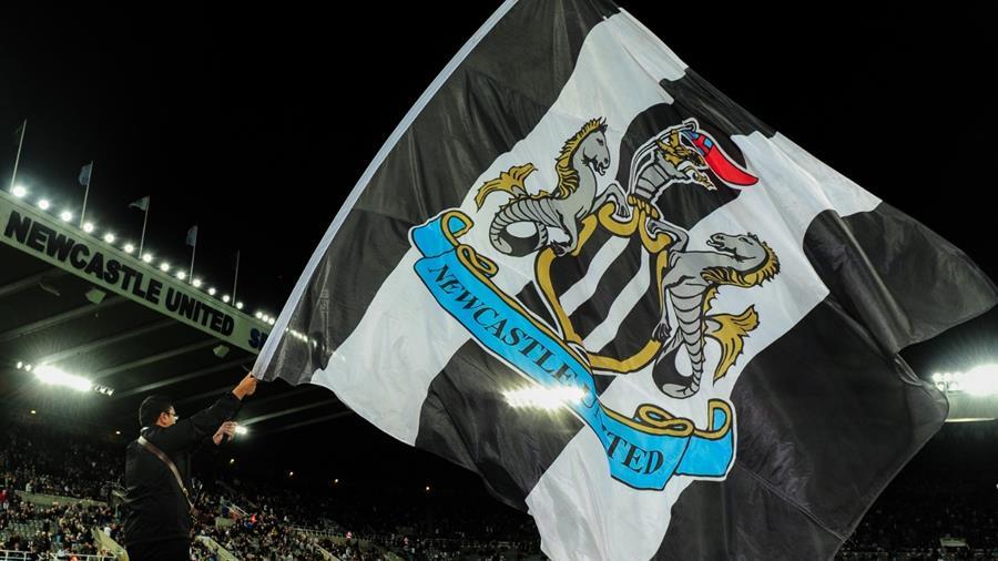 2 legjenda për stolin e Newcastle