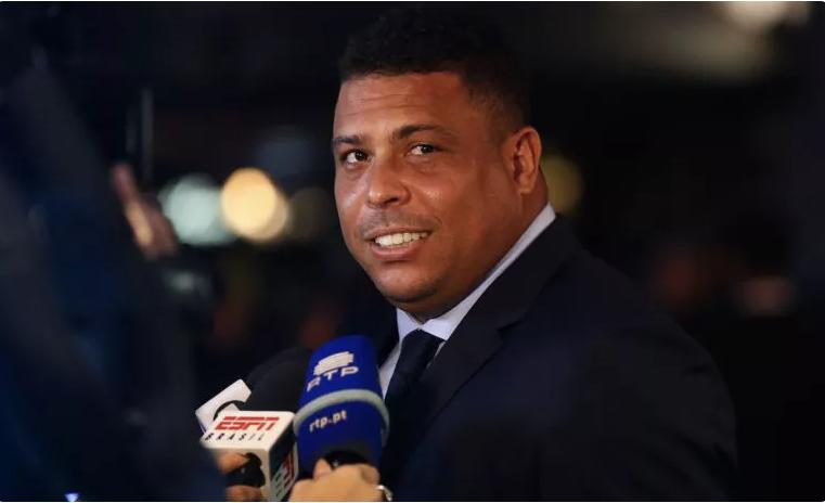 """FOTO/ """"Nuk ka dyshime"""", Ronaldo Nazairo tregon se cili lojtar duhet të fitojë """"Topin e Artë"""""""