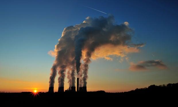Kriza energjetike, Johnson shpalos planin: Prodhimi i energjisë pa gaz deri në vitin 2035