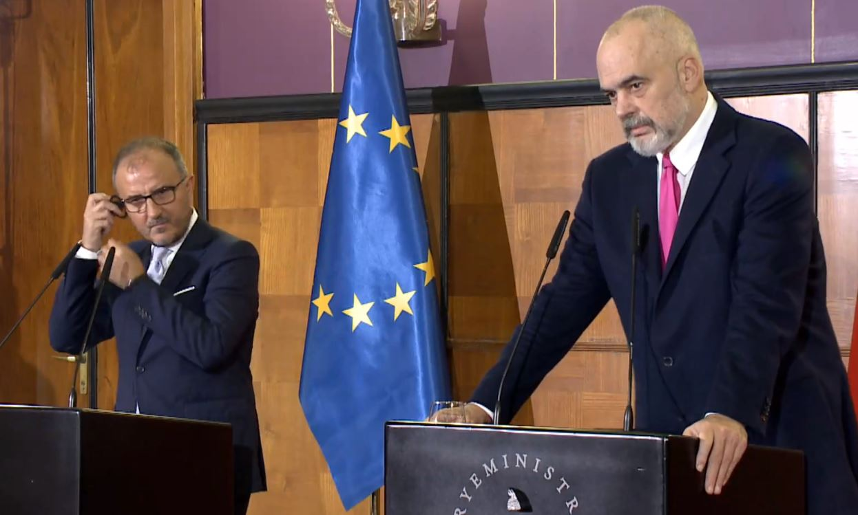 """""""Mund të aplikohet në vende të tjera evropiane"""", Soreca: Procesi i vettingut duhet të zgjatet"""