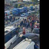 Protestuesit bllokojë autostradën Lushnje-Fier, Korreshi: Kurseni ndonjë biftek tek Nusreti
