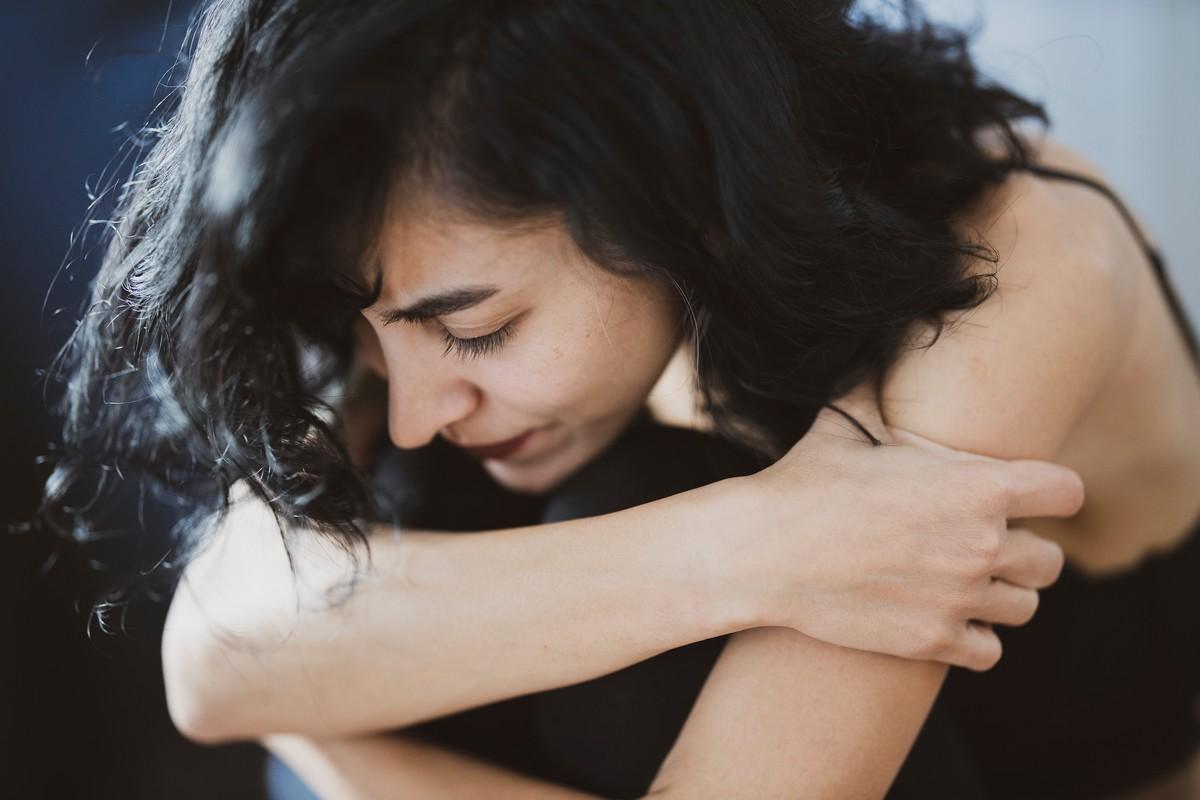Sipas studimit, pandemia ka rritur stresin dhe depresionin (kryesisht) te gratë