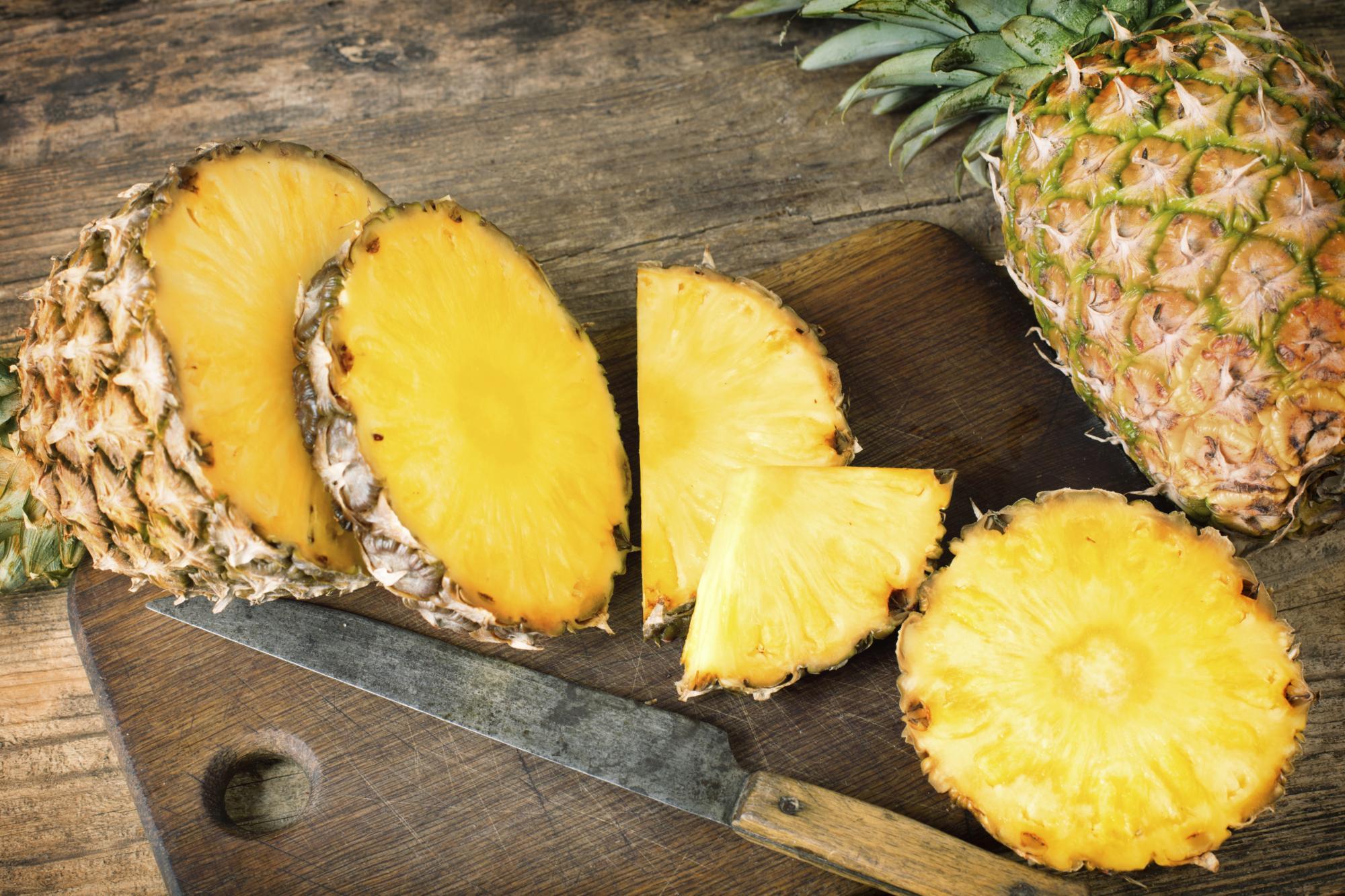 Ananasi dhe ndikimi për shëndetin e kockave