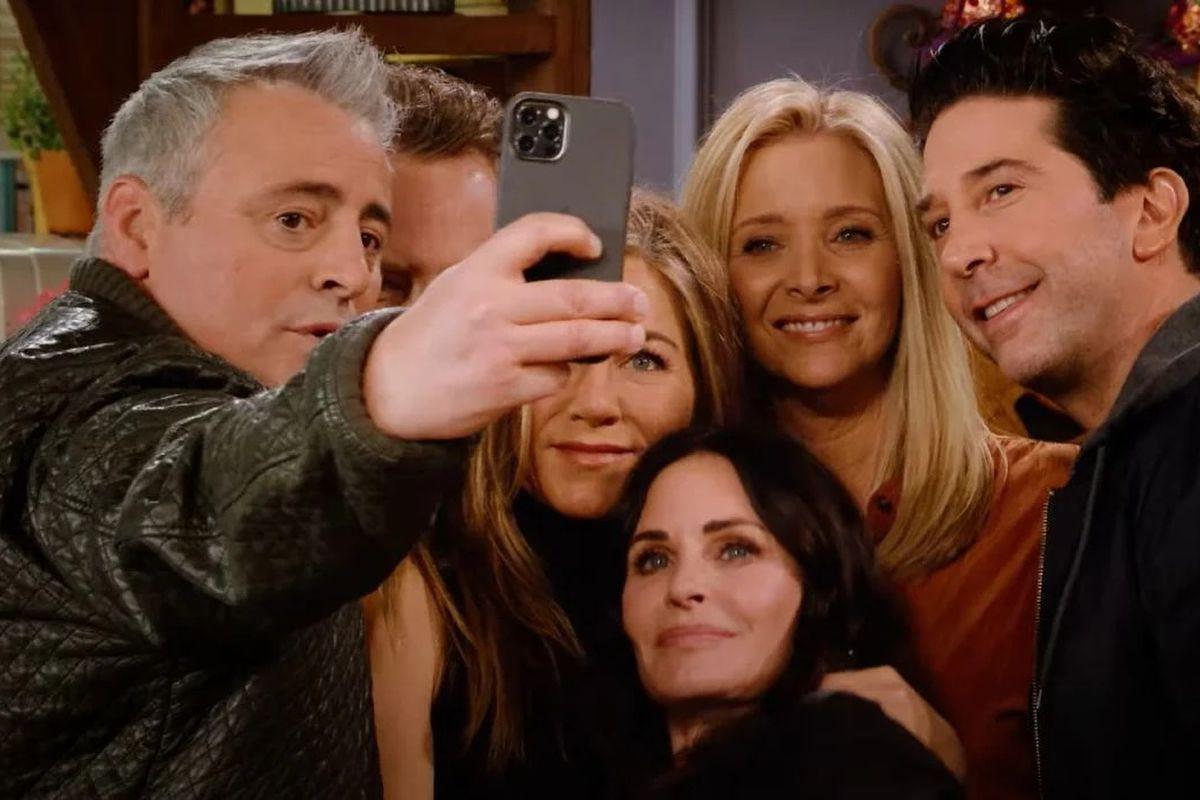 """Ndahet nga jeta aktori i njohur i """"Friends"""""""