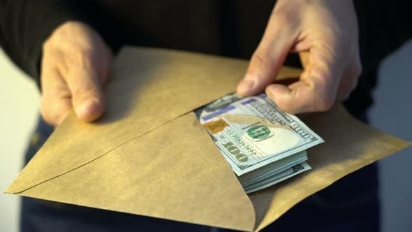 I dënuar për pastrim parash, ekstradohet fieraku me 2 mbiemra, në 2011 grabiti bankën greke