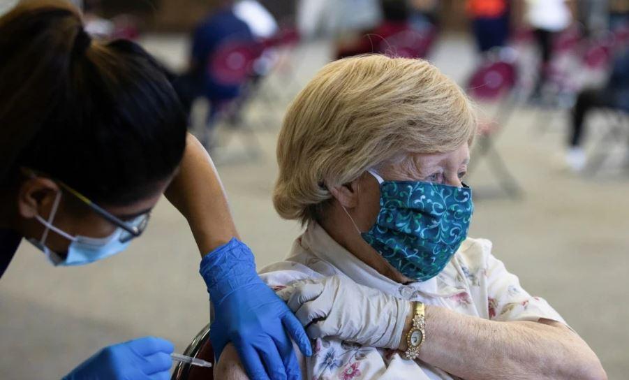 Vaksinimi i detyruar nxit imunizime dhe protesta