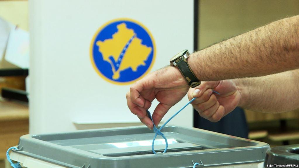 Parregullsi gjatë procesit të zgjedhor në disa komuna të Kosovës, policia jep detajet